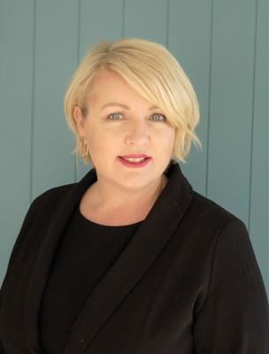 Christine Ewin