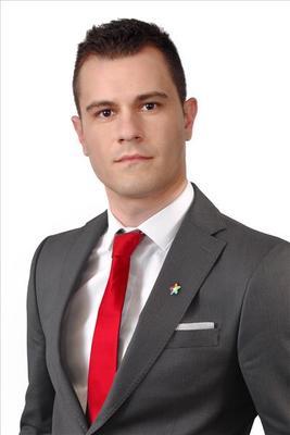 Steve  Zeqaj