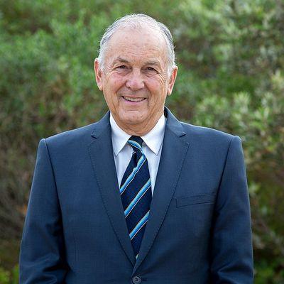 Geoffrey Crowder
