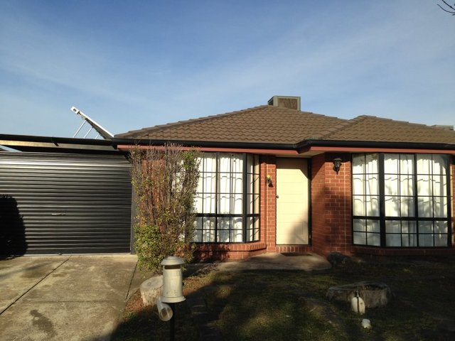 6 Franklin Place, Delahey VIC 3037