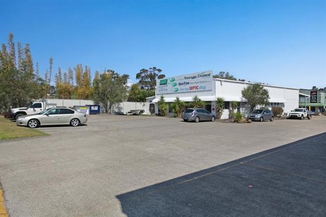 Units 1 & 5, 321 New England Highway, Rutherford NSW 2320