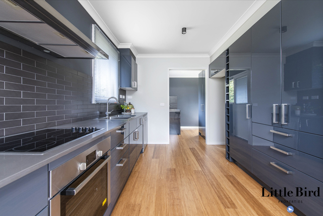 8 Fenner Street, Downer ACT 2602