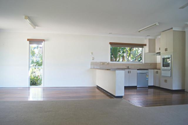 4 Banksia Court, QLD 4802