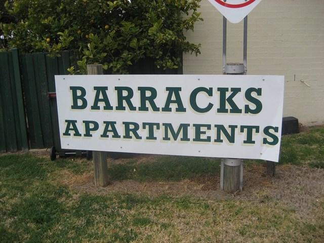 2/2 Old Barracks Lane, Young NSW 2594