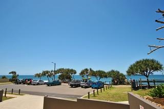 1/1 Esplanade Bulcock Beach