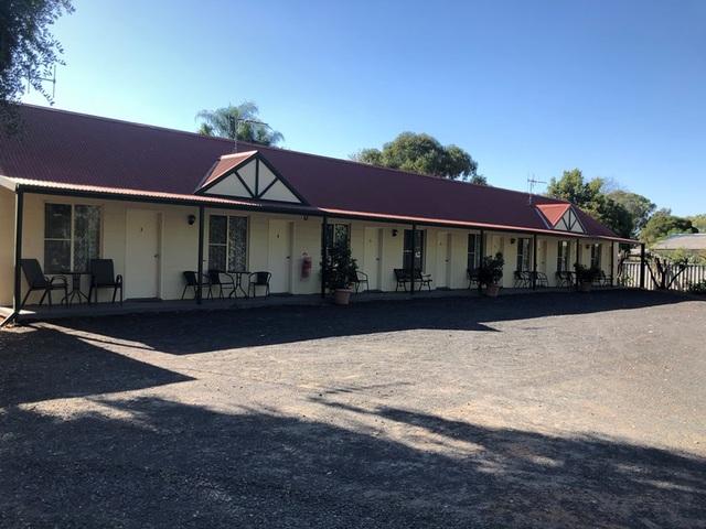 19 Castlereagh Street, Gilgandra NSW 2827