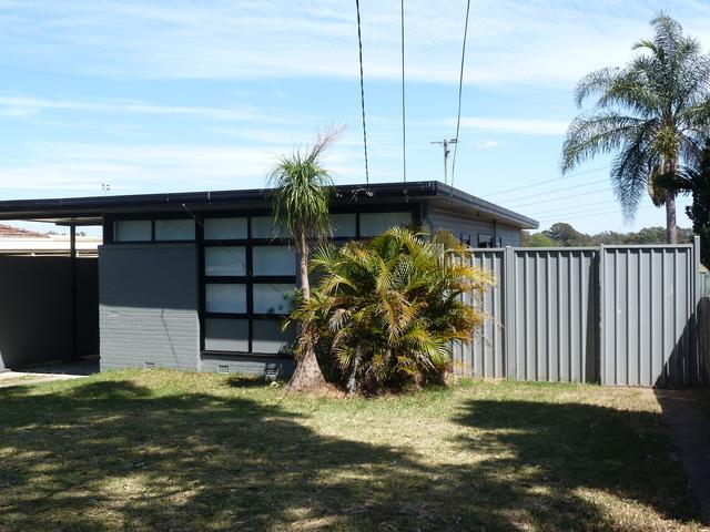 8 Franklin Crescent, Blackett NSW 2770