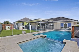 16 Watervale Parade