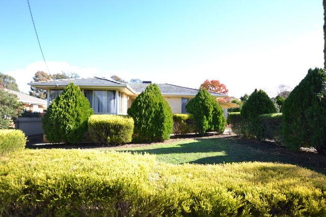 44 Fairbairn Crescent, Kooringal NSW 2650