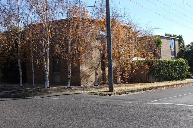9/2 Aphrasia Street, Newtown VIC 3220