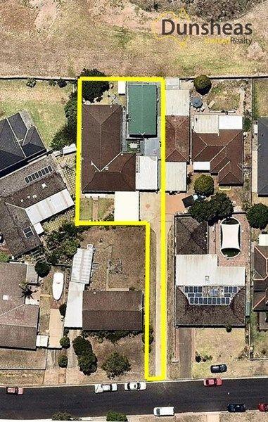 61 Adrian Street, Macquarie Fields NSW 2564