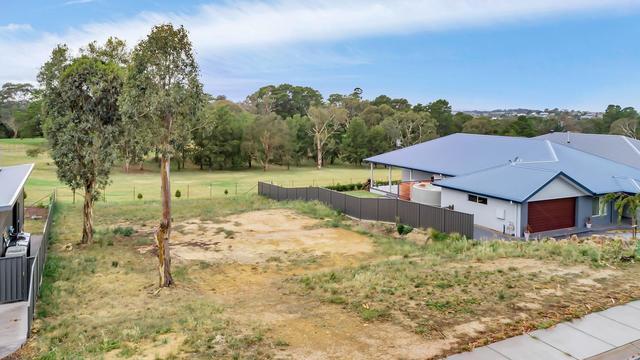 21 Martin Close, NSW 2582