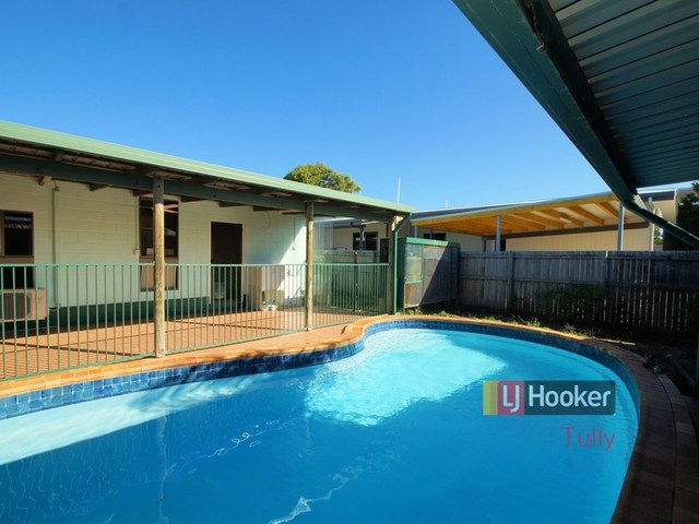 41 Taylor Street, Tully Heads QLD 4854