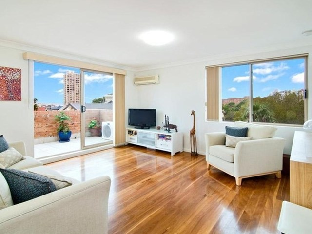 17/4 Little Alfred Street, North Sydney NSW 2060