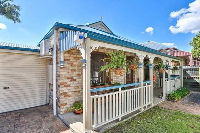 16 Muscovy Place, Forest Lake QLD 4078