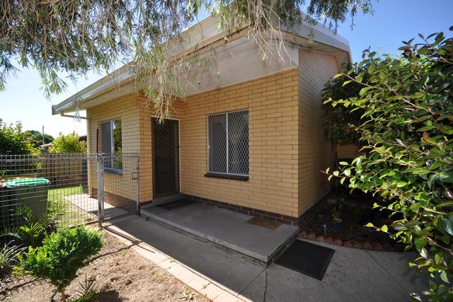 4/394 Urana Road, Lavington NSW 2641