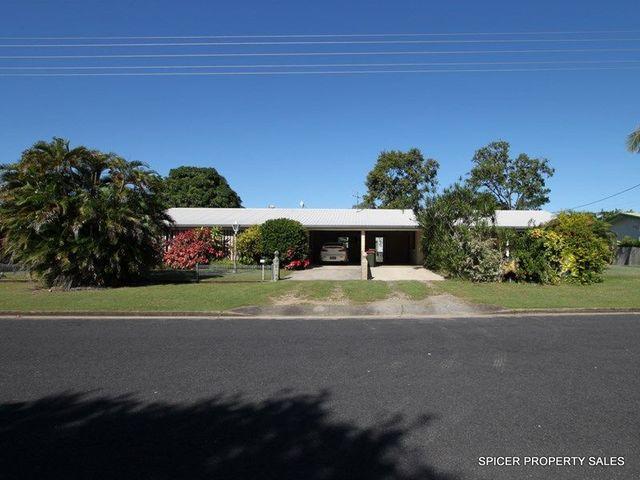 8 Melaleuca Drive, Tully Heads QLD 4854