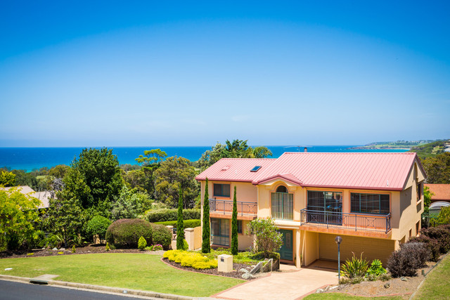 100 Pacific Way, Tura Beach NSW 2548