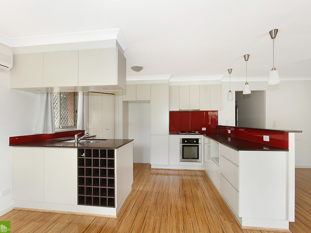 10/4 Fisher Street, West Wollongong NSW 2500