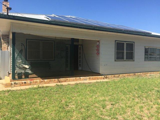 440 Macauley St, Hay NSW 2711