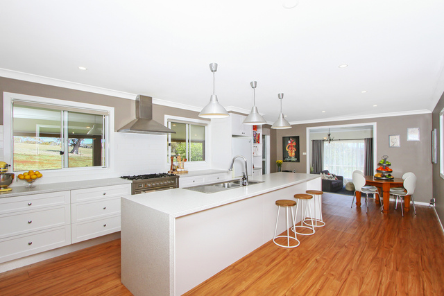 70 Iron Pot Creek Road, Jindabyne NSW 2627