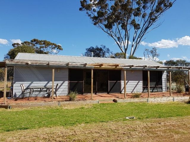 9 Withnell Road, Woodanilling WA 6316