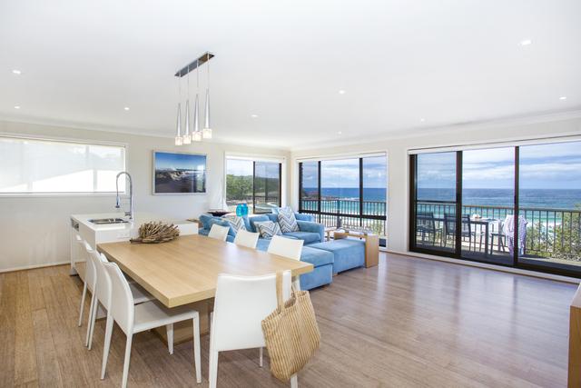16 Beach Road, Mollymook NSW 2539
