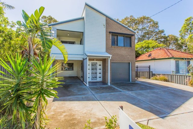 43 Middle Point Road, Bolton Point NSW 2283
