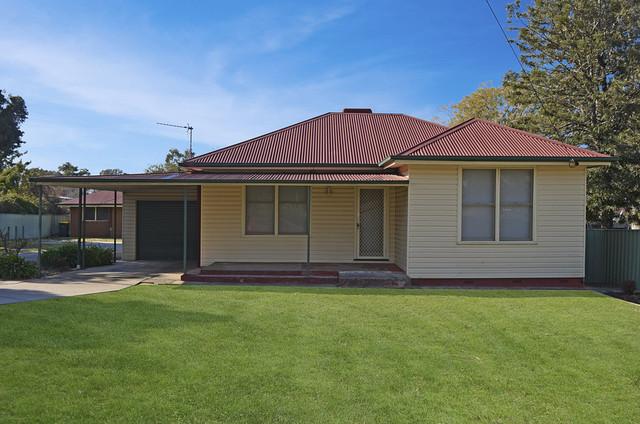 Unit 1/29 The Boulevarde, Kooringal NSW 2650