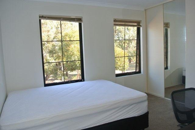 Room 1/4A Wesley Rise, Joondalup WA 6027