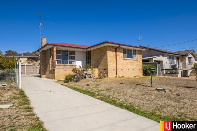 8 Gillman Place, Karabar NSW 2620