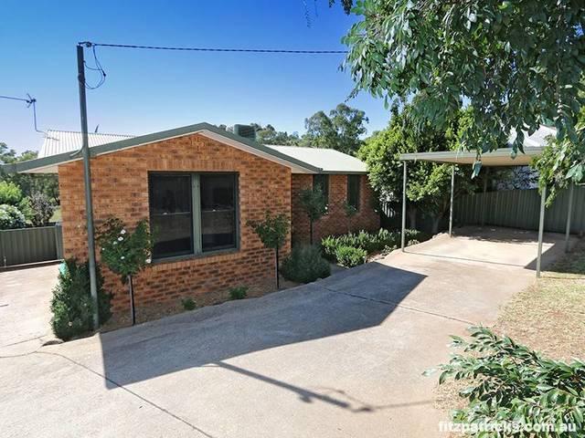 103 Lake Albert Road, Kooringal NSW 2650