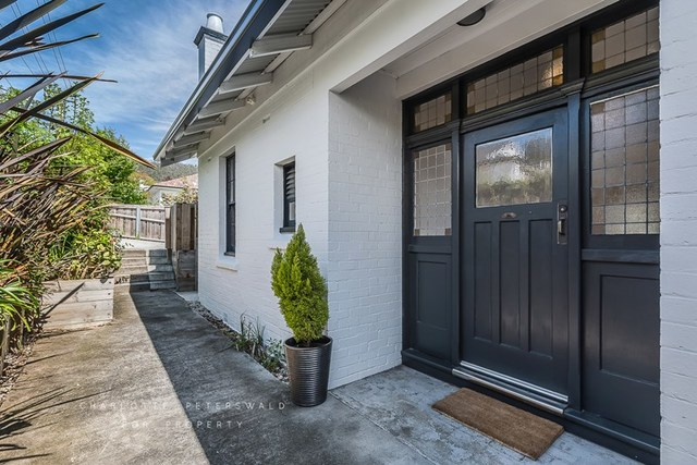 7 Lipscombe Avenue, Sandy Bay TAS 7005
