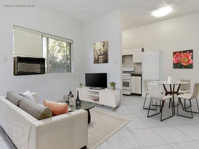 1/24 Camborne Street, QLD 4051