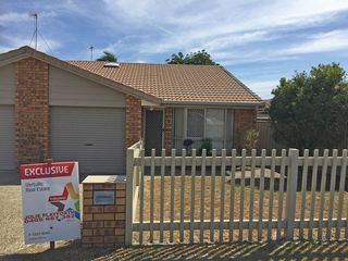 2/124 Oxley Drive
