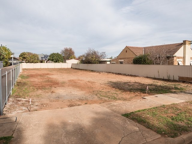 17a Glen Lossie Street, Woodville South SA 5011