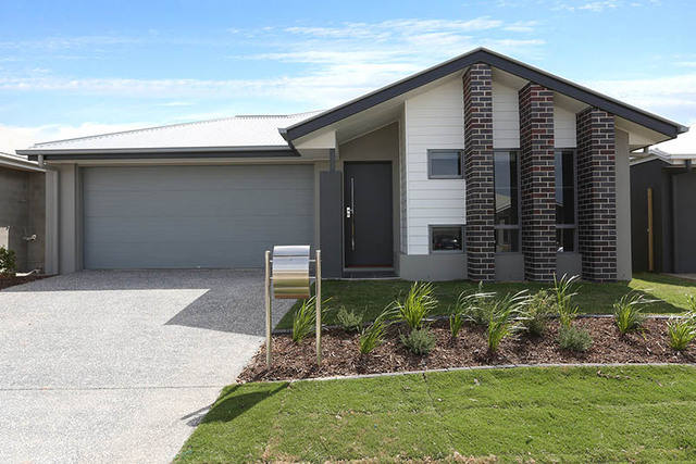 65 Stinson Circuit, Coomera QLD 4209