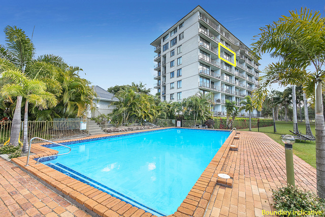 42/11 Fairway Drive, Clear Island Waters QLD 4226