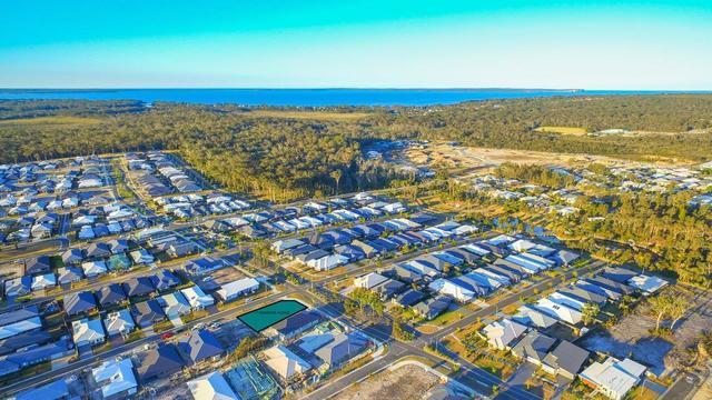 17 Seagrass Avenue, Vincentia NSW 2540