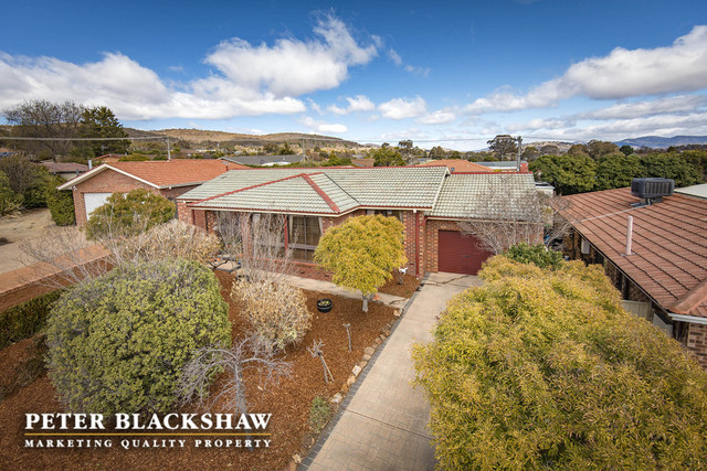 12 Fenston Place, Gilmore ACT 2905