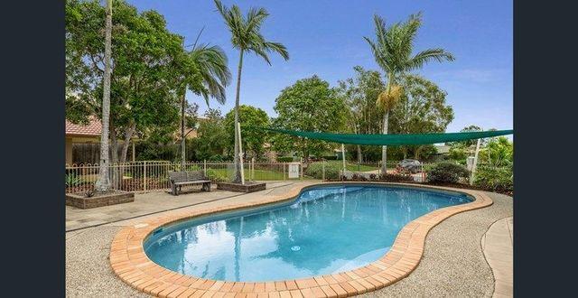 17/27 Camille Crescent, Wynnum West QLD 4178