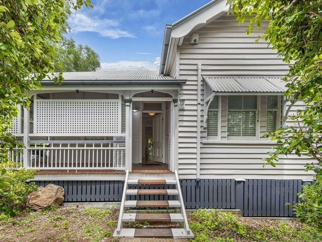 111 Crosby Road, QLD 4010
