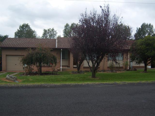 130 Oliver, Glen Innes NSW 2370