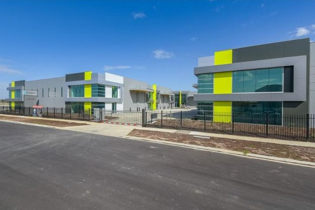 1-22 Corporate Drive, Cranbourne West VIC 3977