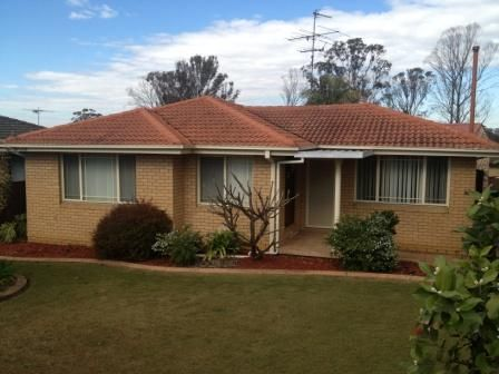 10 Rugby Street, Cambridge Park NSW 2747