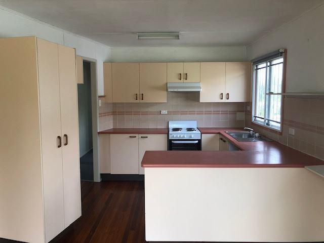 14 Knutsford Street, Chermside West QLD 4032