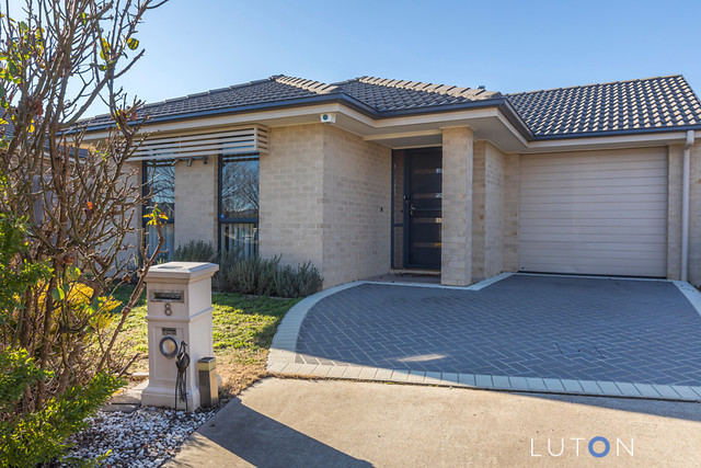 8 Grimstone Place, ACT 2913