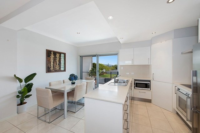 4/15 Burnaby Terrace, Gordon Park QLD 4031