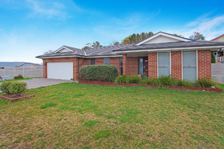 4 Lapwing Place