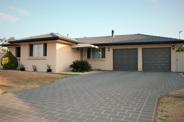 2 Delray Street, Oakey QLD 4401